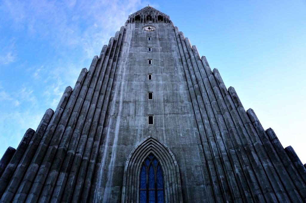 The towering Hallgrímskirkja
